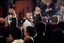 Proclamation of Palestinian independence. From behind: Yasser Arafat (1929-2004), leader of the Palestine Liberation Organization. Algiers (Algeria), Palestinian National Council, November 1988. © Françoise Demulder / Roger-Viollet