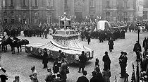 Transfer to the Panthéon of the heart of Léon Gambetta (1838-1882), French politician, and ceremony in honour of the Unknown Soldier. Paris (Vth arrondissement), place du Panthéon, on November 11, 1920. © Neurdein/Roger-Viollet