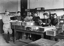 World War I. Updating identification-number files in a military mobilisation office, in 1916.   © Jacques Boyer/Roger-Viollet