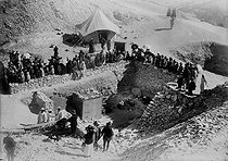 View of the excavations at the time of the discovery of Tutankhamun's tomb, by Lord Carnarvon et Howard Carter, in the Valley of the Kings. Thebes (Egypt), 1923. © Albert Harlingue/Roger-Viollet