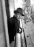 """Noël Coward (1899-1973), auteur dramatique anglais, à bord du paquebot """"Majestic"""" lors de son arrivée à Southampton (Angleterre), 10 janvier 1934. © TopFoto / Roger-Viollet"""