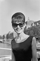 Audrey Hepburn (1929-1993), actrice britannique. Paris, 1964. © Collection Roger-Viollet / Roger-Viollet