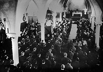 Polish migration in France. Miners from Ostricourt attending a ceremony at the Polish church of Oignies (France), circa 1925. © Albert Harlingue / Roger-Viollet