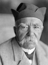 Georges Clemenceau (1841-1929), French politician, photographed at the end of his life. Saint-Vincent-sur-Jard (France). © Henri Martinie / Roger-Viollet