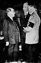 Munich Agreement. Edouard Daladier (1884-1970), French Prime Minister, and Adolf Hitler (1889-1945), German statesman. Munich (Germany), on September 29, 1938. © LAPI / Roger-Viollet