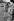 Pour la plus grande joie des Parisiens, les robes sont courtes, avenue des Champs-Elysées. Paris, 1966. Photographie de Janine Niepce (1921-2007). © Janine Niepce / Roger-Viollet