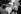 Audrey Hepburn (1929-1993), actrice britannique, en compagnie de Mel Ferrer (1917-2008), son mari, acteur et réalisateur américain. 1956.    © Roger-Viollet