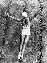 Dorothy Poynton-Hill (1915-1995), plongeuse américaine, championne olympique lors des Jeux de Los Angeles (Californie, Etats-Unis), 1932. © Schirner/Ullstein Bild/Roger-Viollet