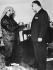 Yasser Arafat (1929-2004), homme politique palestinien, avec les président égyptien Gamal Abdel Nasser (1918-1970). 25 août 1969. © Ullstein Bild / Roger-Viollet