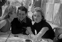 Brigitte Bardot (born in 1934), Daniel Gélin (1921-2002) and Isabelle Corey (1929-2011), French actors. © Roger-Viollet