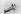 Femmes inuites en kayak avec des armes de chasse. Alaska, 1924. © Ullstein Bild/Roger-Viollet