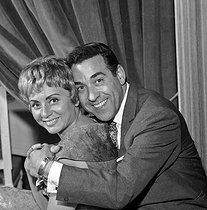 Luis Mariano (1914-1970), Spanish actor and singer, with Annie Cordy, Belgian singer. © Claude Poirier / Roger-Viollet