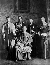 Abbot Eugenio Pacelli (1876-1958), future pope Pius XII (on the left). © Roger-Viollet