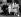 Le roi George VI, son épouse la reine Elisabeth Bowes-Lyon, et leurs petits-enfants, le prince Charles et la princesse Anne. Londres (Angleterre), palais de Buckingham, 1951. © PA Archive/Roger-Viollet