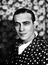 Tino Rossi (1907-1983), French actor and singer. © Albert Harlingue / Roger-Viollet