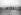 Aéroplane Wright au camp d'Auvours (Sarthe). La rampe de lancement. Septembre 1908. © Jacques Boyer/Roger-Viollet