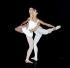 """Margot Fonteyn (1919-1991) danseuse anglaise, et Rudolf Noureev (1938-1993) danseur autrichien d'origine soviétique, répétant """"Paradise Lost"""", ballet de Roland Petit. Londres (Angleterre), Covent Garden, 20 février 1967. © PA Archive/Roger-Viollet"""