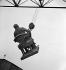 Guerre 1939-1945. Occupation. Destruction de statues pour récupérer les métaux. La statue d'Adolphe Thiers. Paris, 1941. © Pierre Jahan / Roger-Viollet