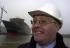"""Le designer du """"Queen Mary 2"""", Stephen M. Payne, à Saint-Nazaire (France). Le 21 mars 2003. Photo: Andrew Milligan. © TopFoto / Roger-Viollet"""