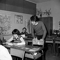 Classrom in a primary school. France, circa 1965. © Roger-Viollet