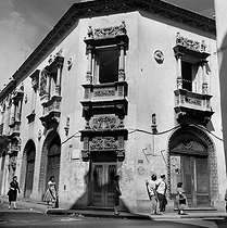 Havana (Cuba). Archibishop's palace, in the angle of streets Habana and Chagon. March, 1959. © Roger-Viollet