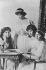 Maria, Tatiana, Anastasia et Olga, filles du tsar de Russie Nicolas II. © Roger-Viollet