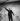 Charles Trenet (1913-2001), chanteur et auteur-compositeur français, lors de son premier tour de chant. Paris, théâtre de l'ABC, 1936. © Gaston Paris / Roger-Viollet