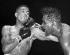 Match opposant Sugar Ray Robinson (Walker Smith Jr., 1921-1989), boxeur américain, et Randolph Turpin (1928-1966), boxeur anglais. New York (Etats-Unis), Polo Grounds, 12 septembre 1951. © Underwood Archives / The Image Works / Roger-Viollet