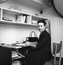 Simone de Beauvoir (1908-1986), French writer. 1957. © Jack Nisberg/Roger-Viollet