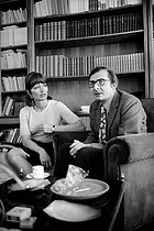 Claude Chabrol (1930-2010), French director, with his wife Stéphane Audran (1932-2018), French actress, 1968. Photograph by Georges Kelaïditès (1932-2015). © Georges Kelaïditès / Roger-Viollet