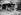 Sur la plage. Deauville (Calvados), 15 août 1952.     © Roger-Viollet