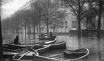 Seine flood. Paris, January 1910. © Neurdein/Roger-Viollet