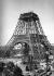 Construction de la Tour Eiffel. Paris, juillet 1888. Détail d'une vue stéréoscopique. © Léon et Lévy/Roger-Viollet