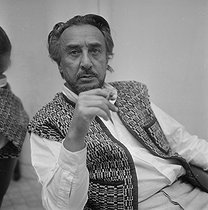 Romain Gary (1914-1980), French writer. © Jacques Cuinières / Roger-Viollet