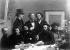 """""""Le Coin de table"""", par Henri Fantin-Latour (1836-1904). Assis, de gauche à droite : Paul Verlaine, Arthur Rimbaud, Léon Valade, E. d'Hervilly, Camille Pelletan. Debout de gauche à droite : E. Bonnière, E. Blémont, Jean Aicard. Paris, musée d'Orsay.      © Albert Harlingue / Roger-Viollet"""