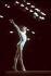 Jeux olympiques d'été de 1976. Nadia Comaneci (née en 1961), gymnaste roumaine, à la poutre. Montréal (Canada), 7 septembre 1976. © TopFoto/Roger-Viollet
