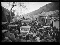 "Spanish Civil War (1936-1939). ""La Retirada"". Mass arrival of Spanish refugees. Le Perthus (France), February 1939. Photograph from the ""Excelsior"" newspaper. © Excelsior – L'Equipe/Roger-Viollet"