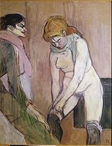 Henri de Toulouse-Lautrec (1864-1901). Woman putting on her stocking, circa 1894. Paris, musée d'Orsay.     © Roger-Viollet