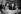 Andy Warhol (1928-1987), artiste américain, dessinateur, vedette du pop art et cinéaste.    © Jack Nisberg / Roger-Viollet