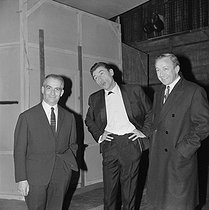 Louis de Funès (1914-1983), Robert Lamoureux (1920-2011), and Robert Dhéry (1921-2004), French actors, on February 27, 1964.  © Alain Adler / Roger-Viollet