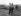 Guerre d'Indochine (1953-1954). Le cameraman André Lebon et un soldat vietnamien blessé. © Roger-Viollet