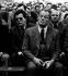 Willy Brandt (1913-1992), homme politique allemand du SPD, avec l'espion de la RDA, Günter Guillaume, lors d'une réunion. Helmstaedt, avril 1974.  © Ullstein Bild/Roger-Viollet