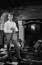 Claude François (1939-1978), Egyptian-born French singer, at his place. Dannemois mill (France), 1966. Photograph by Georges Kelaïditès (1932-2015). © Georges Kelaïditès / Roger-Viollet