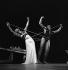 """Night Journey"", chorégraphie de Martha Graham. Bertram Ross et Martha Graham, 1954. © TopFoto / Roger-Viollet"