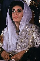 Benazir Bhutto (1953-2007), Pakistani politician, on the day of her wedding. Karachi (Pakistan), December 1987. © Françoise Demulder / Roger-Viollet