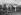 """""""La France travaille."""" Automobiles. Pose du volant. Clichy (Hauts-de-Seine). Automobiles Citroën. 1931-1934. Photographie de François Kollar (1904-1979). Paris, Bibliothèque Forney. © François Kollar/Bibliothèque Forney/Roger-Viollet"""