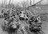 Guerre civile en Chine. Soldats de Tchang Kaï-Chek pendant une des cinq campagnes lancées contre Mao Zedong  et la République rouge de Ruijin (Jiangxi), 1929-1934. © Roger-Viollet