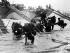 Guerre 1939-1945. Opération Overlord. Troupes du commando de la Royal Marine débarquant sur les plages de Normandie. France, 1944. © TopFoto / Roger-Viollet