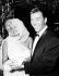 Jayne Mansfield (1933-1967), actrice américaine, avec son mari Mickey Hargitay (né en 1926). © TopFoto / Roger-Viollet