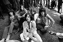 "Bill Wyman, Charlie Watts, Mick Taylor, Keith Richards et Mick Jagger, membres du groupe de rock anglais ""The Rolling Stones"". Londres (Angleterre), Hyde Park Free Festival, 5 juillet 1969. © PA Archive / Roger-Viollet"